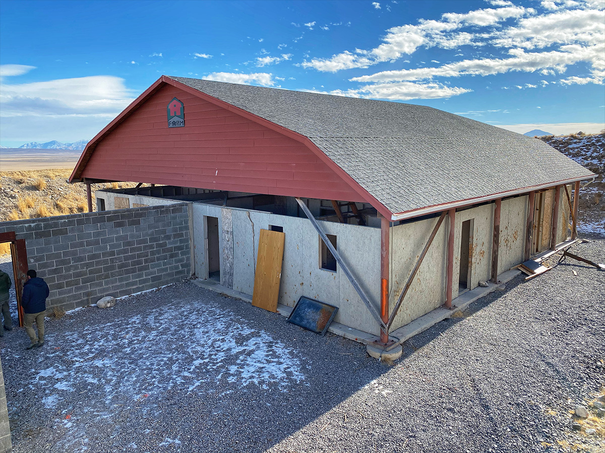 02 – Barn Shoot House